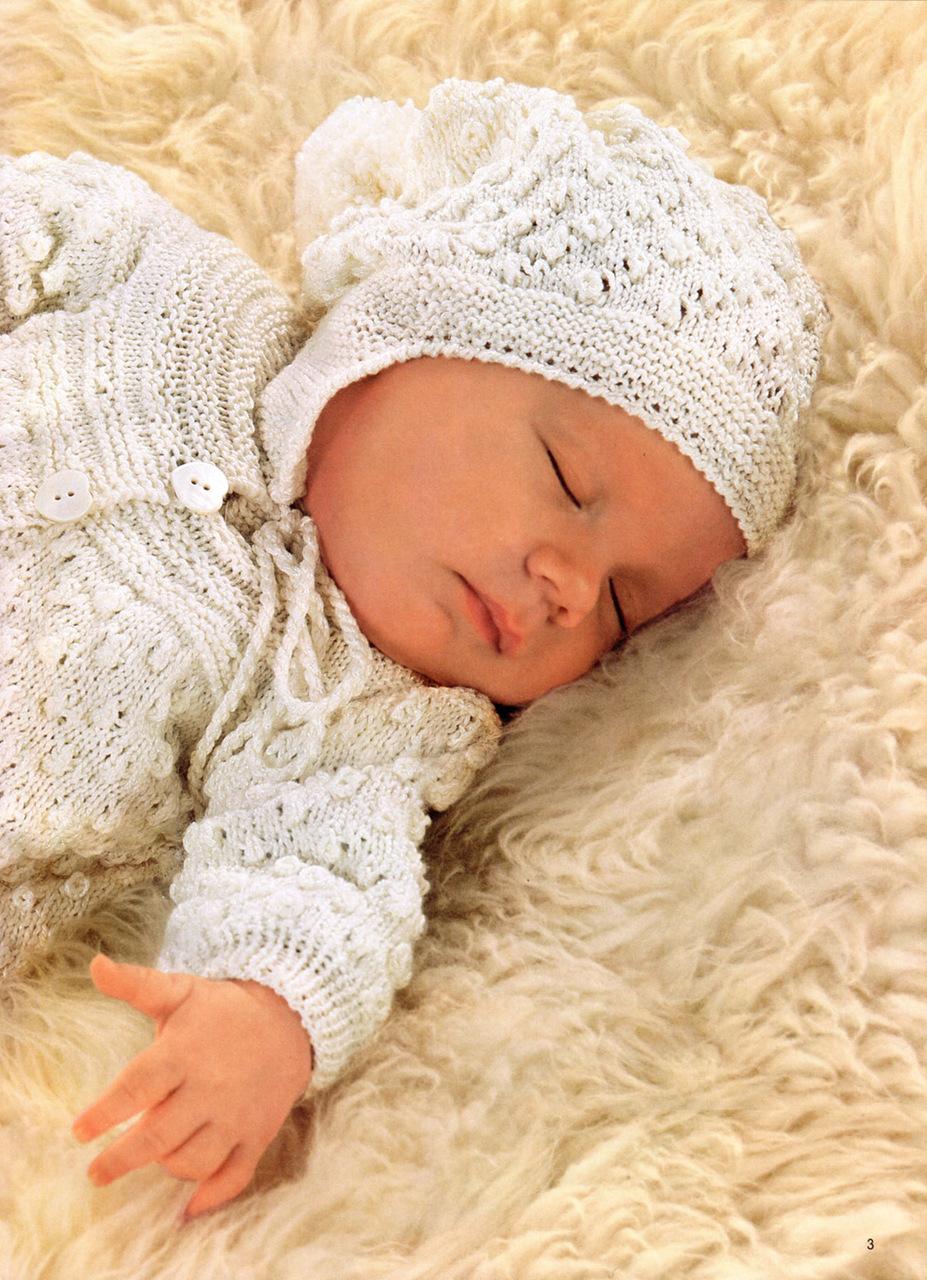 Вязаные костюмы для новорожденных — подарки, приносящие радость