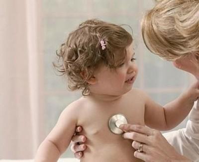 Как лечить насморк и кашель у грудничка