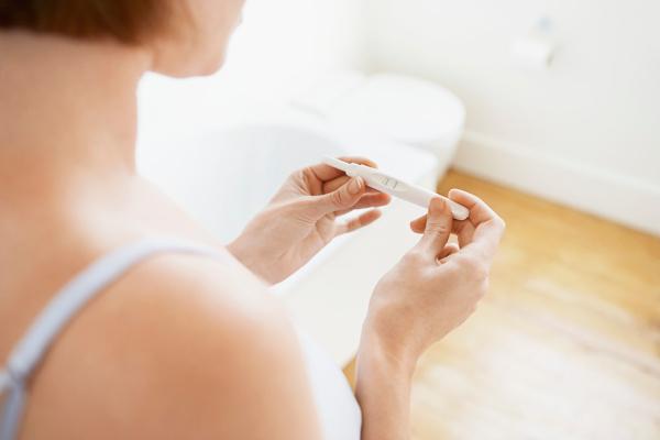 Признаки беременности на ранней стадии и когда делать тест