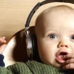 Чем полезна классическая музыка для новорожденных?