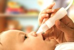 Заложен нос у новорожденного: причины и первая помощь