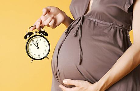 Рассчитать дату родов и составить календарь, как верный механизм подготовиться к ним