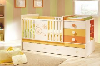 У кровати должны быть фиксаторы, обеспечивающие стойкую неподвижность