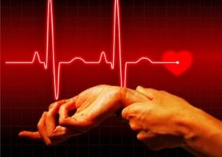 Сердцебиение у человека может увеличиваться при физической активности, стрессе, либо при нахождении в душном помещении