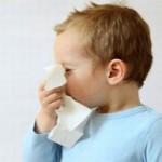 Зеленые сопли у ребенка: почему появляются и как лечить