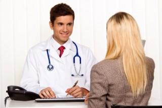 Очень часто гинеколог может направить женщину на анализ для выяснения содержания уровня пролактина в крови