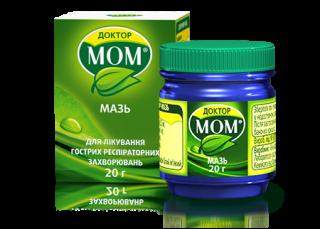 Одним из лекарств, которое разрешено применять у маленьких детей является мазь Доктор Мом