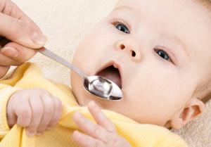 Если малыша очень часто мучают колики, то для профилактики дают по 6-7 капель перед каждым кормлением