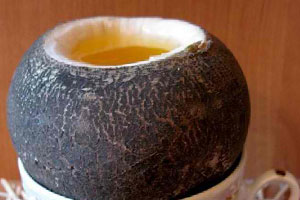 При лечении кашля у беременных необходимо использовать сок редьки и мед