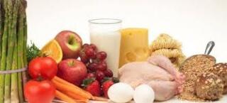 Для повышение уровня гемоглобина как матери, так и ребенку следует употреблять в пищу продукты с высоким содержанием железа