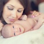 Потешки для новорожденных: первое общение с ребенком