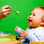 Маме на заметку: как вводить прикорм в 4 месяца