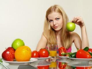 При употреблении фруктов кормящей женщине следует соблюдать определенные правила