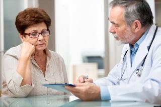 Перед применением народных способов лечения опущения матки следует проконсультироваться с врачом