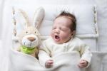 Правильный режим дня ребенка в 2 месяца: что следует знать
