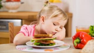 При лечении патологии рекомендуется строгая диета