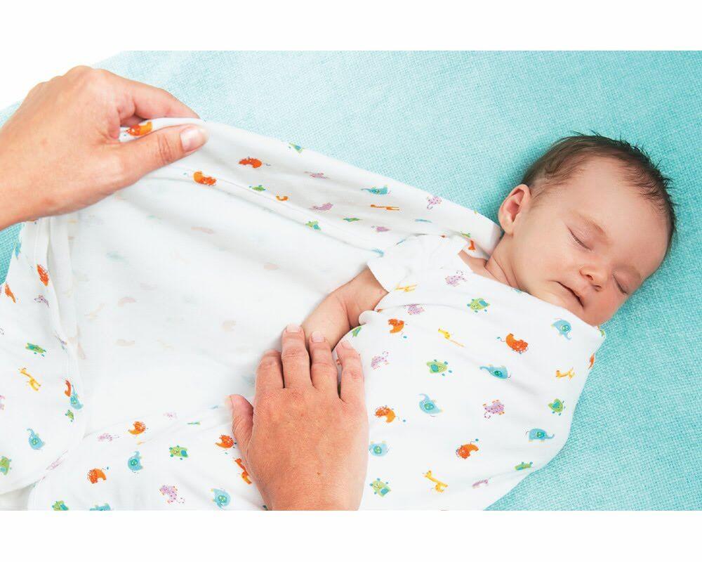 Пеленание новорожденного: основные правила и методы