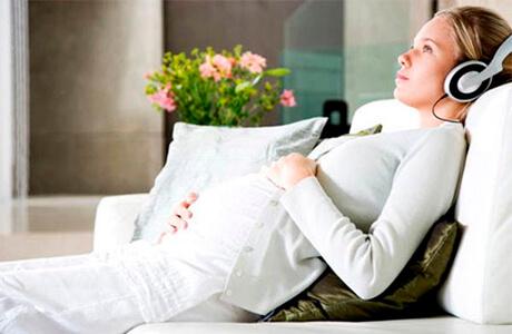 Классическая музыка для беременных: полезная релаксация