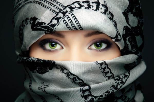Современные мусульманские имена для девочек: выбираем вместе