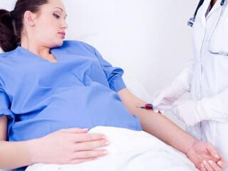Доктора рекомендуют проходить тест на ХГЧ в 14-18 недель