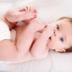 Слизь в кале у новорожденного: причины появления и симптомы патологии