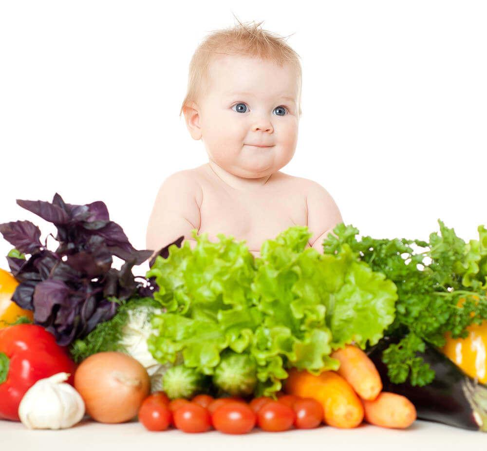 Овощи для первого прикорма: как и когда вводить в рацион младенца
