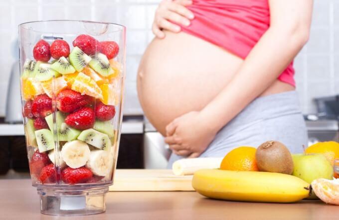 Полезные фрукты при беременности: правильное питание будущих мам