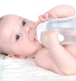 Правильный режим питания - залог здоровья новорожденного