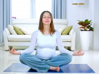 Медитация и йога помогут облегчить боль