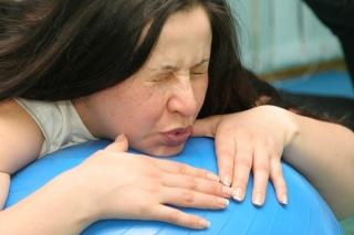 Специальные упражнения помогают научиться правильно дышать