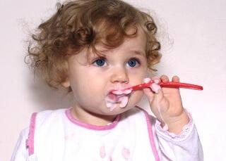 Правильное питание важно для нормального развития малыша
