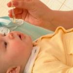 Эффективные капли от насморка для детей до года: перечень препаратов