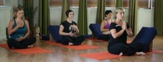 Физические упражнения - важная состовляющая подготовки к родам