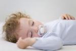 Режим сна ребенка в 8 месяцев: особенности дневного и ночного сна