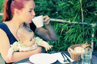 Кормящим мамам рекомендуется натуральный  кофе