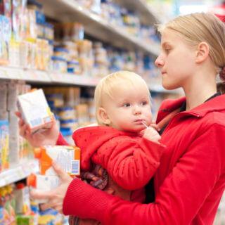 Родителям следует знать об основныз принципах выбора детского питания