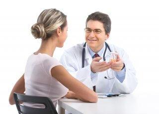 Назначить лечение должен специалист после обследования