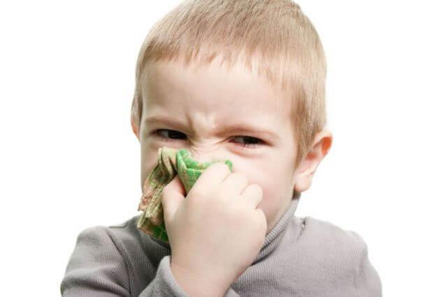 Лечение насморка в домашних условиях у детей простыми методами