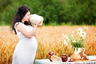 Употребление полезных продуктов - залог здооровья будущей мамы