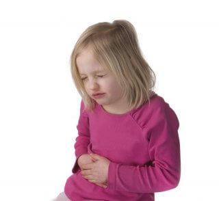 Боль в животе - основной симптом хронического холецестита у ребенка