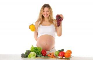 Правильное питание - залог здоровья будущей мамы