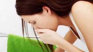 Тошнота - симптом, возникающий на первых этапах беременности