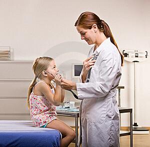 Лечение недуга может назначить только специалист!