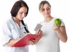 Кто лечит геморрой у женщин при беременности: отвечаем на вопрос