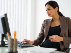 Перевод беременной на легкий труд: особенности процедуры