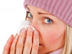 Как лечить насморк в домашних условиях средствами народной медицины?