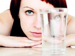Вывод жидкости из организма: причины, симптомы, устранение недуга