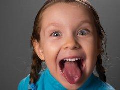 Чёрный язык у ребёнка: причины и способы устранения