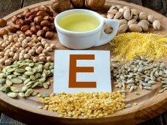 Для чего нужен витамин Е при беременности, как правильно принимать?