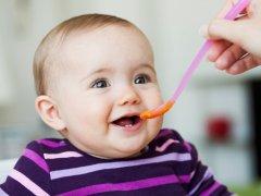 Первое в жизни малыша пюре для прикорма